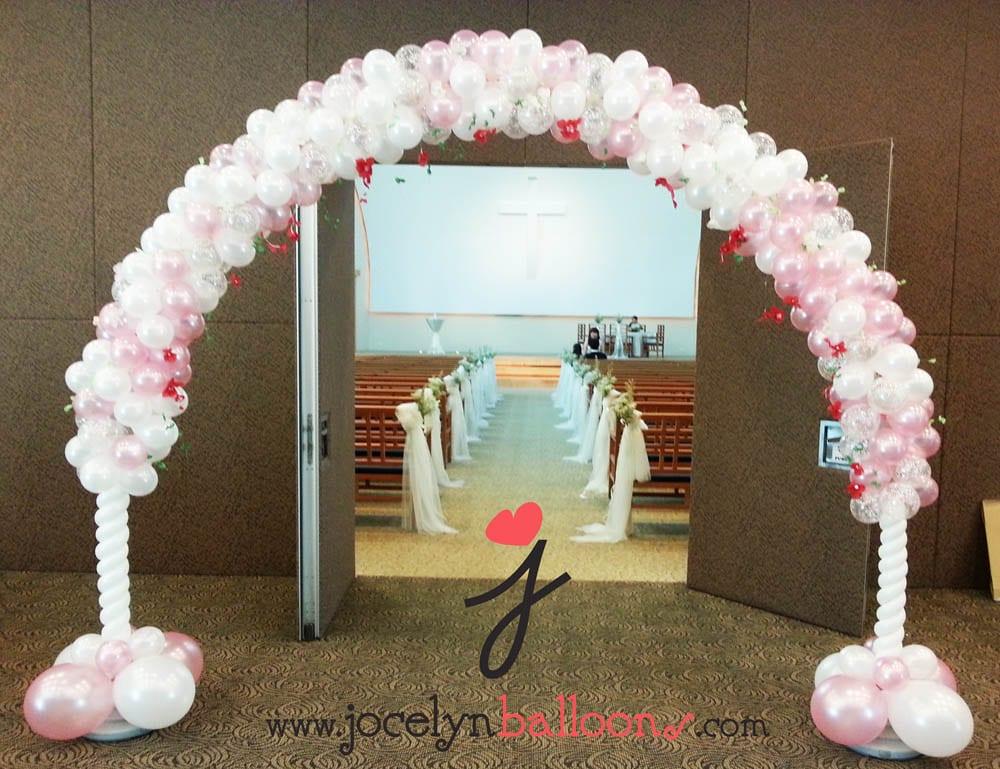 Balloon archway for wedding