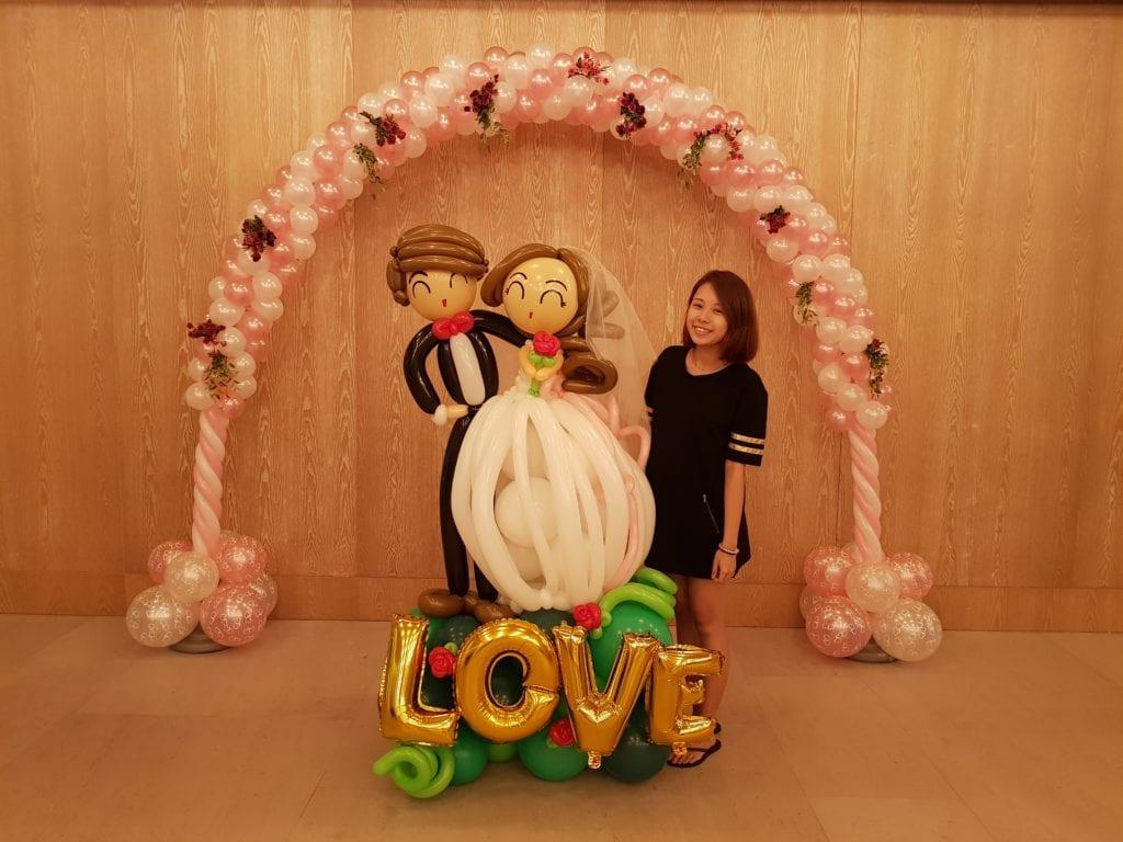 Wedding Balloon Decorations | Entrance Arch & Wedding Couple Display
