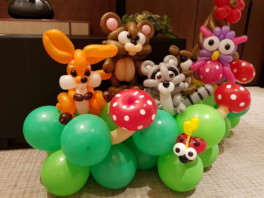 Woodland Theme Balloon Decoration For Wedding Celebration